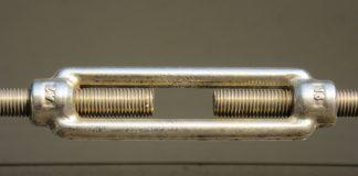 Сборка соединений шпильками