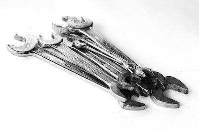 Инструмент слесаря