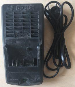 Зарядное устройство AL1814 CV (передняя часть)