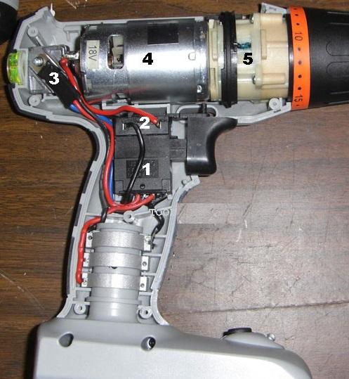 Аккумуляторная дрель на 18В - 1