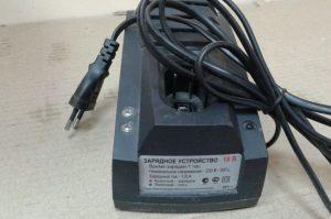 Как купить зарядное устройство для шуруповерта | 1