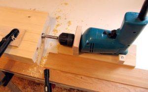 Изготавливаем сверлильный станок из дрели своими руками   13