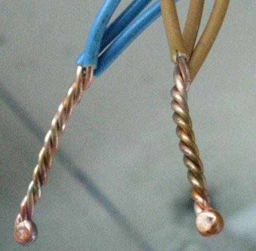Соединение проводов в распределительной коробке - 12