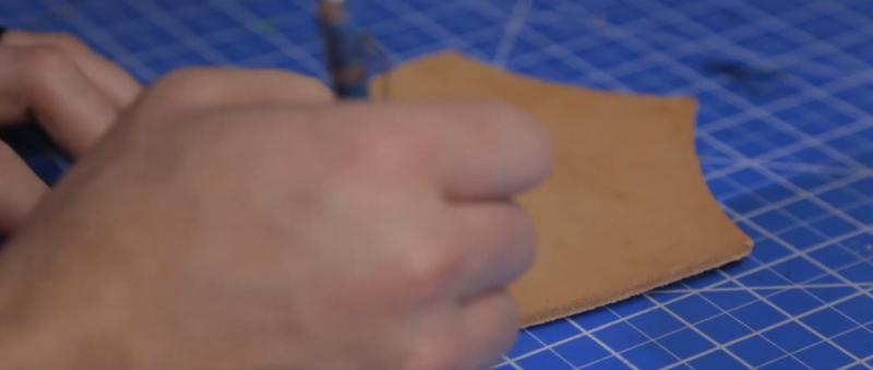 Делаем сумку для инструментов из кожи | 11