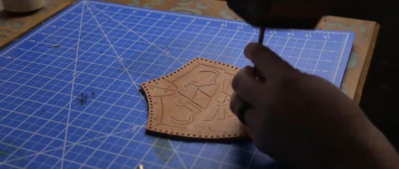 Делаем сумку для инструментов из кожи | 13