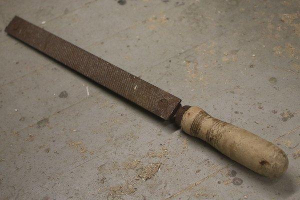 Реставрация ржавого напильника и изготовление ручки с применением электротравления | 2