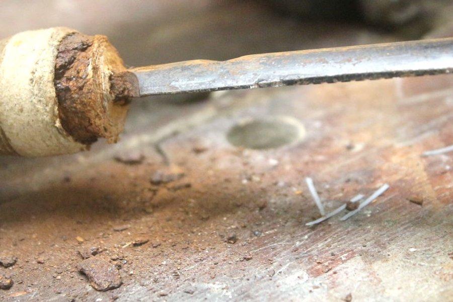 Реставрация ржавого напильника и изготовление ручки с применением электротравления - 3