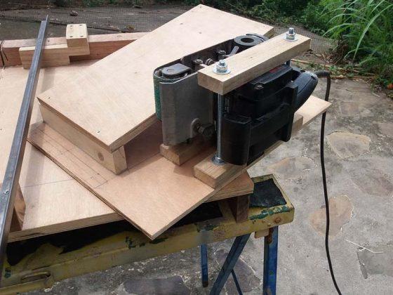 Ленточный шлифовальный станок для верстака своими руками | 1