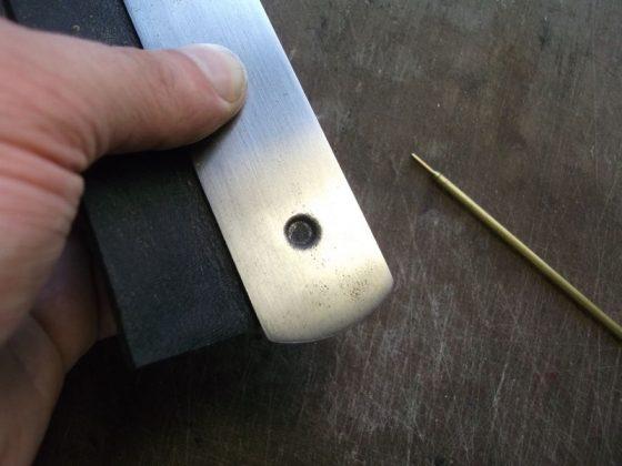 Делаем новую обмотку рукояти для старого ножа - 12
