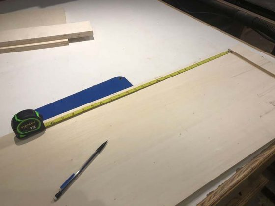 Используем в работе рулетку и карандаш