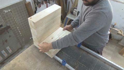 Склейка деревянных брусков